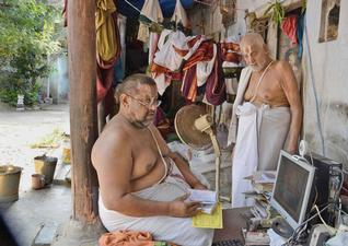 Caste in modern Indian society - contemporary photo of a Brahman agraharam in Triplicane, Chennai, complete with laptops and modern amenities (courtesy The Hindu http://www.thehindu.com/todays-paper/tp-national/agraharam-time-virtually-stands-still-here/article3368467.ece)